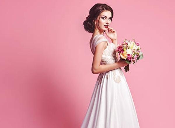 pink bride flowers